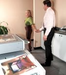 Hosiery clad mature office employee Luna Azul loosing hefty breasts before providing BLOW JOB