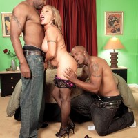 Big-titted platinum-blonde MILF over sixty Luna Azul ravaged by hefty ebony hard-on during multiracial MMF