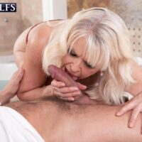 Sexy grandmother Doll S blows her massagist afte losing her brassiere during a rubdwown