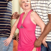Kinky granny Jewel hooks up with 2 hefty black knobs for MMF 3 way wish