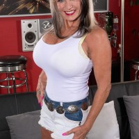 Leggy 60 plus MILF Sally D'Angelo baring big older juggs before milking hard-on