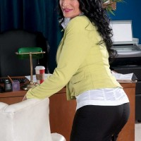 New 60+ Porn Pics Featuring Rita Daniels
