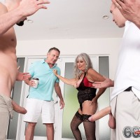 Older broad Silva Foxx gives two boys fellatio in front of her cuck hubby