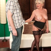 Plump older first-timer DeAnna Bentley exposing huge boobies in pantyhose before BJ